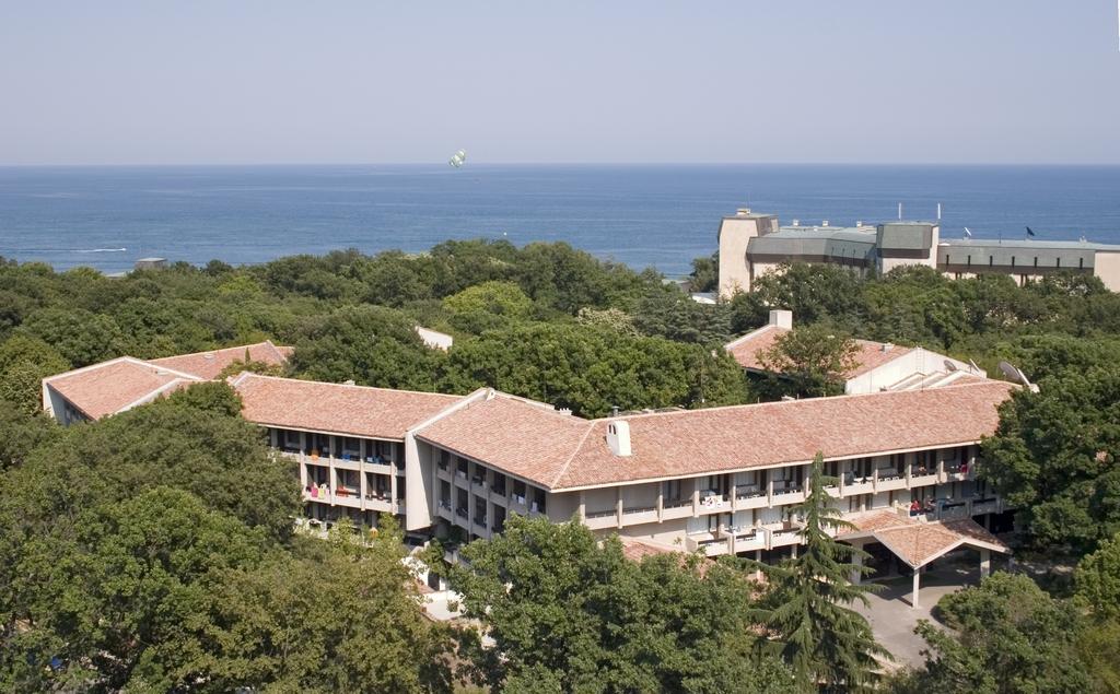 """Отель """"Преслав"""" (Preslav Hotel). Болгария, Золотые пески"""